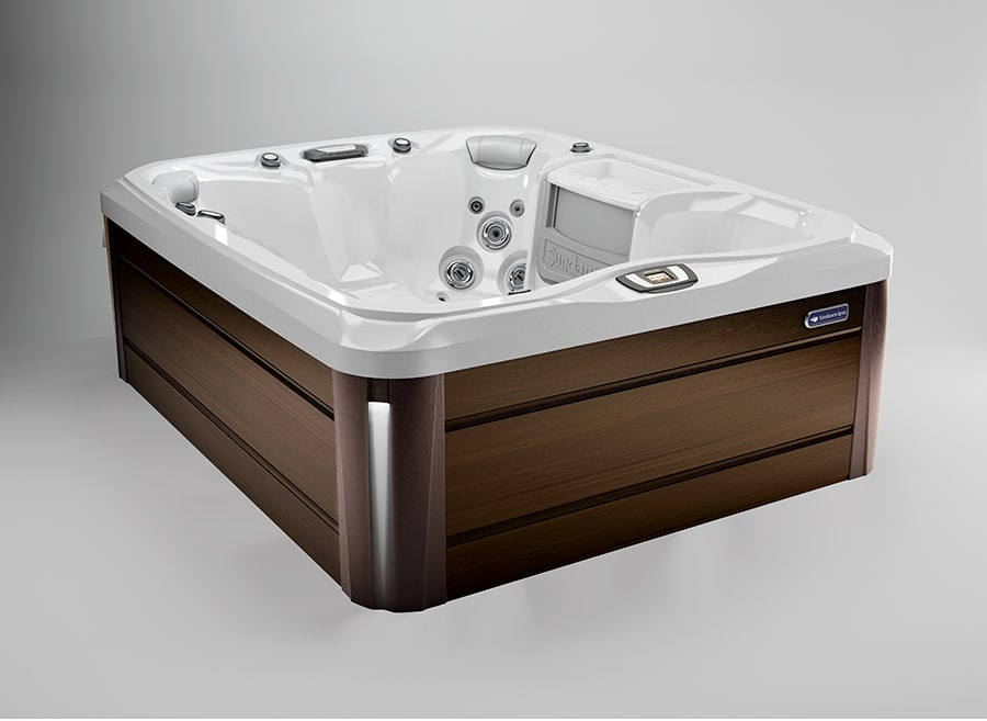 Marin® hot tub in